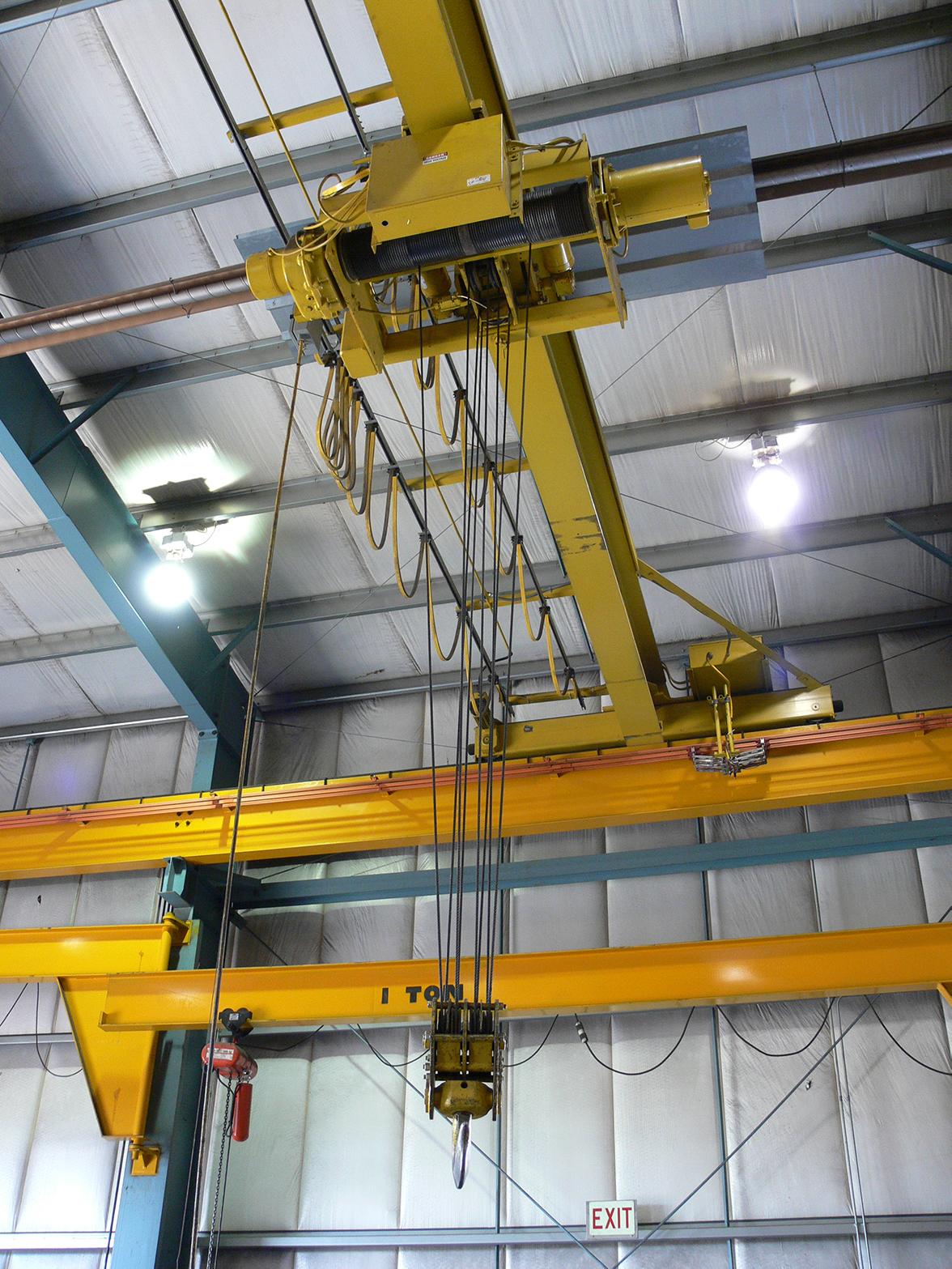 10 ton Bridge Crane with 1 ton Jib Cranes